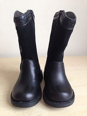 M&S Baby Girls Black Boots Size 4 Infant (Eu 20.5) Brand New