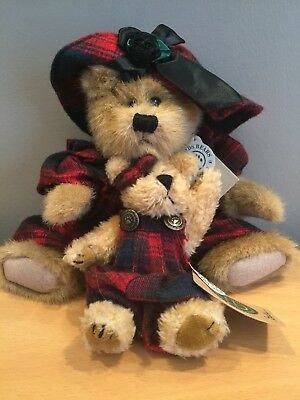 """Boyds Bears INVESTMENT COLLECTABLES """"EVELYN AND BECKY"""" 11"""" & 6"""""""