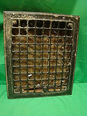 Vintage 1920S Iron Heating Grate Square Design 11.75 X 9.75 Df