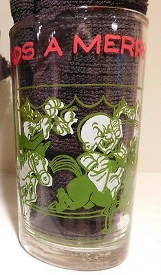 1974 Warner Bros BUGS  LEADS A CHASE ELMER DAFFY Green Glass Jar