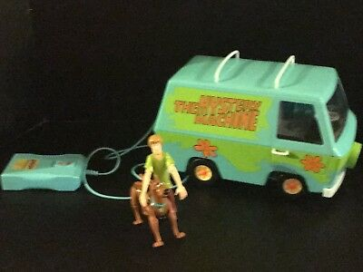 Scooby Doo RC Mystery Machine Green Remote Control Van Car w/ 2 Figures Shaggy