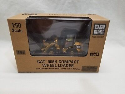 1/50 Diecast Masters CAT Caterpillar 906H Compact Rubber Tire Wheel Loader