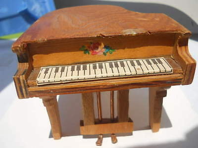 "Baby Grand Piano Doll Furniture 1930's 5.75"" Wood Paper Keys Vintage"