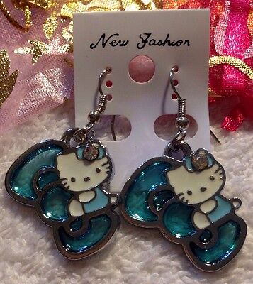 """NEW """"Hello Kitty"""" Earrings/USA Seller!! QUICK Shipping!!"""
