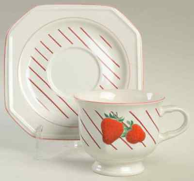Mikasa STRAWBERRIES Cup & Saucer 396363