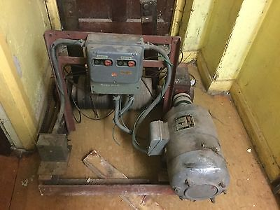 Newman Old. 3phase Gantry Hoist Lift Winch Motor With Gearbox and Frame