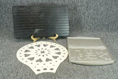 3-Piece Assortment Of Thawing Tray, Hot Pad And Cast Aluminum Cookie Mold