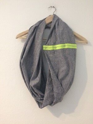 ivivva Lululemon Neck Scarf Infinity Scarf Snaps Grey Green