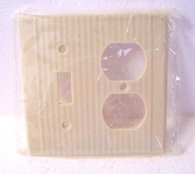 Vintage Single Toggle Switch Double Outlet Wall Plate Cover Ivory Ribbed Leviton