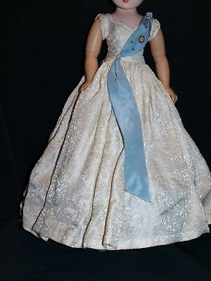 Vintage 1950s Madame Alexander Tagged CISSY dress QUEEN gown