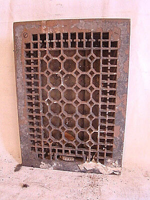 ANTIQUE LATE 1800'S CAST IRON HEATING GRATE HONEYCOMB DESIGN 13.75 x 9.75 F