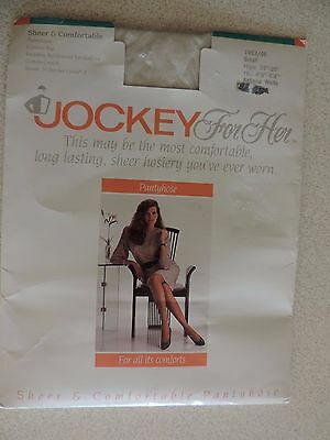 VINTAGE 1 PAIR JOCKEY FOR HER COLOR ANTIQUE WHITE SIZE Small STOCKINGS