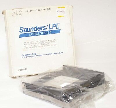 F73044~ Saunders /LPL 6X7cm Negative Carrier 260-677 For 67D Enlargers In Box