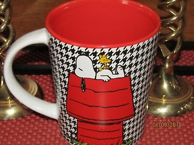 Snoopy & Woodstock ~ 'Favorite Pose' ~ Coffee/ Tea/ Hot Chocolate Mug ~ NEW!