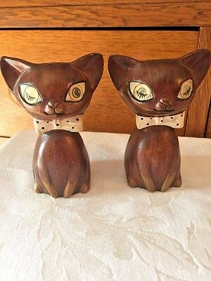 Vintage Japan Lego Ceramic Cat Salt And Pepper Shakers With Winking Eyes