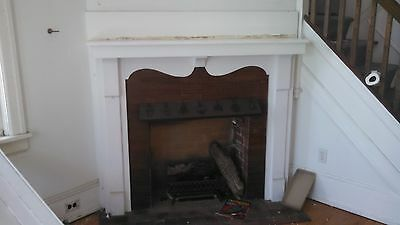 Vintage Fireplace Mantle Nice Style 5 Ft X 50 Oak Or Chestnut?