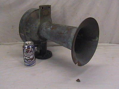 Vintage Air Whistle Bronze Ship Horn 8H Federal Sign & Signal 38 lbs. 16""