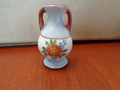 """Vintage """"World's Smallest Wall Pocket"""" Vase. - Occupied Japan - 2 1/2 in. Tall"""