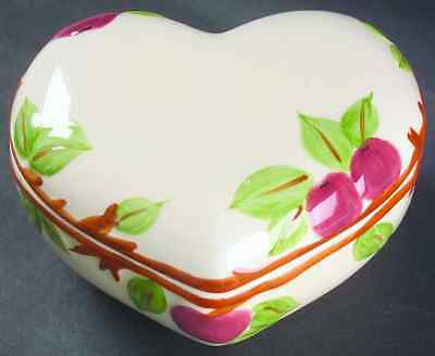 Franciscan APPLE (MADE IN CHINA) Heart Shape Box 6667961