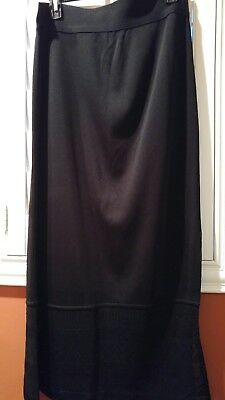 Exclusively Misook Black Acrylic Stretch Long Maxi Skirt Lacy Hem Size L