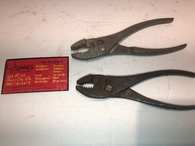 """Lot Of 2 Vintage Cee Tee Co. 6 1/2"""" Slip Joint Pliers"""