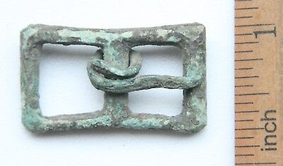 Ancient Old Bronze Ornament Decorated Buckle (JAN01)