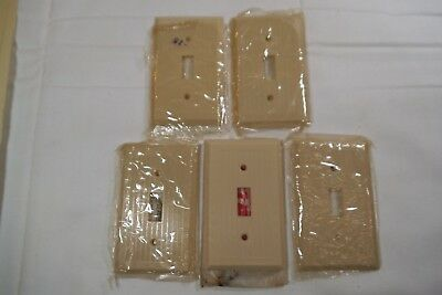 Lot - 5 Vintage  NOS Ivory RIBBED TOGGLE SWITCH Plate Covers-ART DECO