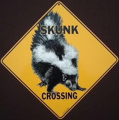 SKUNK CROSSING Sign aluminum decor novelty picture  wildlife animals skunks