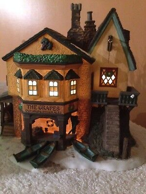 Dept 56 THE GRAPES INN Christmas Snow Village Lighted House 57534 Lemax