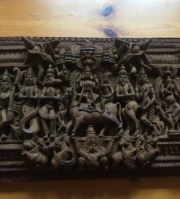 Holz- Relief India Indien Nepal Ganesha Hund