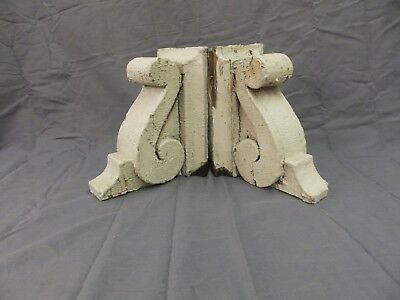Antique Pair Wood Small Corbels Gingerbread Shabby Architectural Chic 57-18P