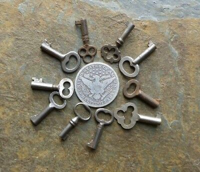 10 Small Antique Barrel Keys Need a Little One? S@@