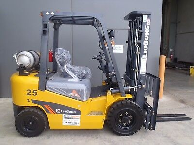 NEW 2.5t Container LPG QUALITY Forklifts 2.5t - Nissan K25 Engine!