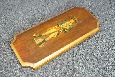 Vintage Wood Wall Plaque With Colonial Soldier 12""