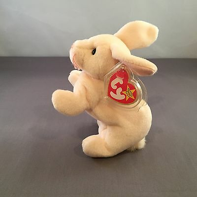 "Ty - Beanie Baby ""Nibbler"" The White Bunny from the Beanie Babies Collection"