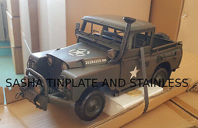 LAND ROVER army jeep truck tin tinplate car blechmodell voiture tole handmade