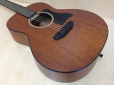Caraya Arch-Back All-Mahogany Parlor Travel Guitar + HD Canvas Bag Strings
