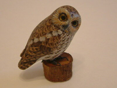 """Miniature Hand Carved & Painted Owl On Wood Wooden Stand 2.5"""" tall AWESOME"""