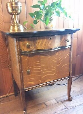ANTIQUE c 1900 AMERICAN TIGER OAK WASH or NIGHT STAND SERPENTINE DRAWER STRONG