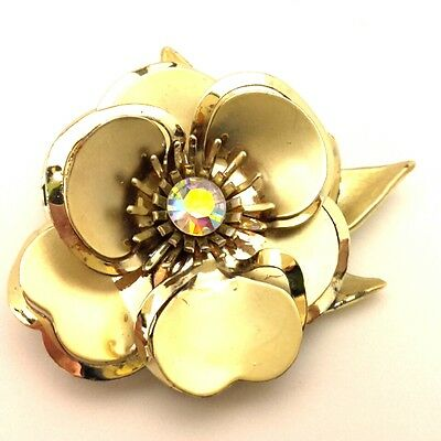 Brooch Vintage Amazing Flower Design Rhinestones Germany Gold Plated (RE309)