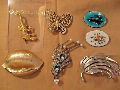 MIXED LOT of 7 VINTAGE PINS BROOCHES ~ ENAMEL COPPER FAUX PEARLS TRIFARI GERRY'S