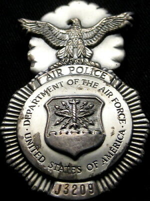 United States Air Force Obsolete Police Badge 42 x 65mm