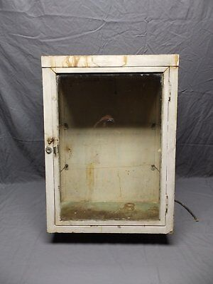 Antique Metal Lighted Display Case Medicine Cabinet Industrial Vtg Old 124-18P