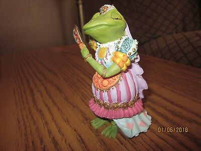 CAMELOT FROGS ~ Sculpture Collection ~ LADY OF THE LILY PAD 1996 No COA, No Box