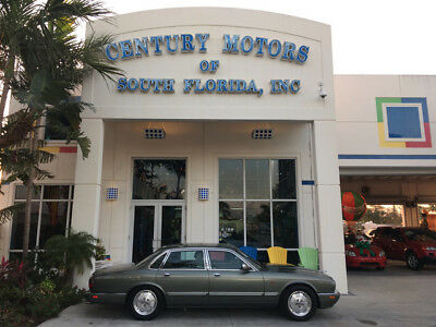 1995 Jaguar XJ6 Base Sedan 4-Door 4.0L Inline 6 Cylinder No Accidents Leather