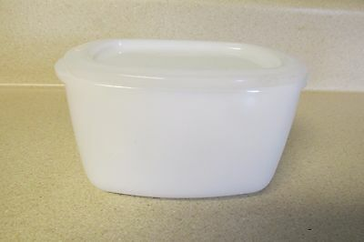Vintage Federal Milk Glass Refrigerator Container Box With Lid Heat Proof Usa!