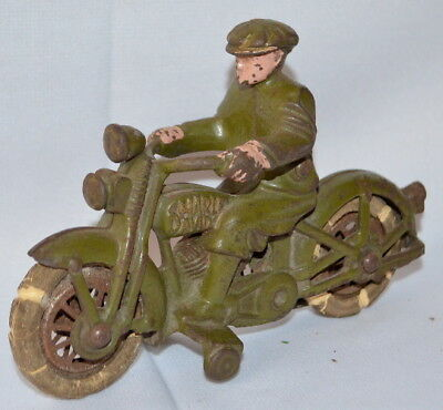 ANTIQUE UNMARKED HUBLEY CAST IRON HARLEY DAVIDSON MOTORCYCLE TOY: WITH... Lot 69