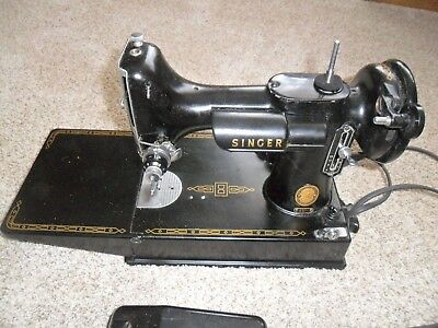 Singer feather weight 221-