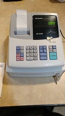 Sharp Electronic Cash Register XE-A102 Working with Keys, Instructions and paper