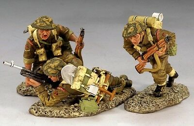 KING & COUNTRY DD111 WWII British 3rd. Infantry Division, Moving Inland NEW!